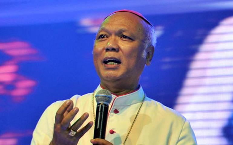 Uskup Agung Semarang, Mgr Johannes Pujasumarta.